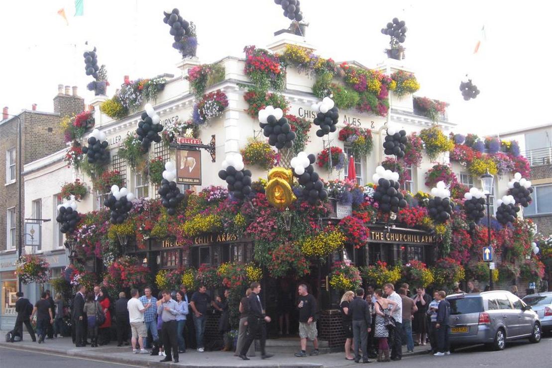 Churchill Arms - Thai food in an historic pub