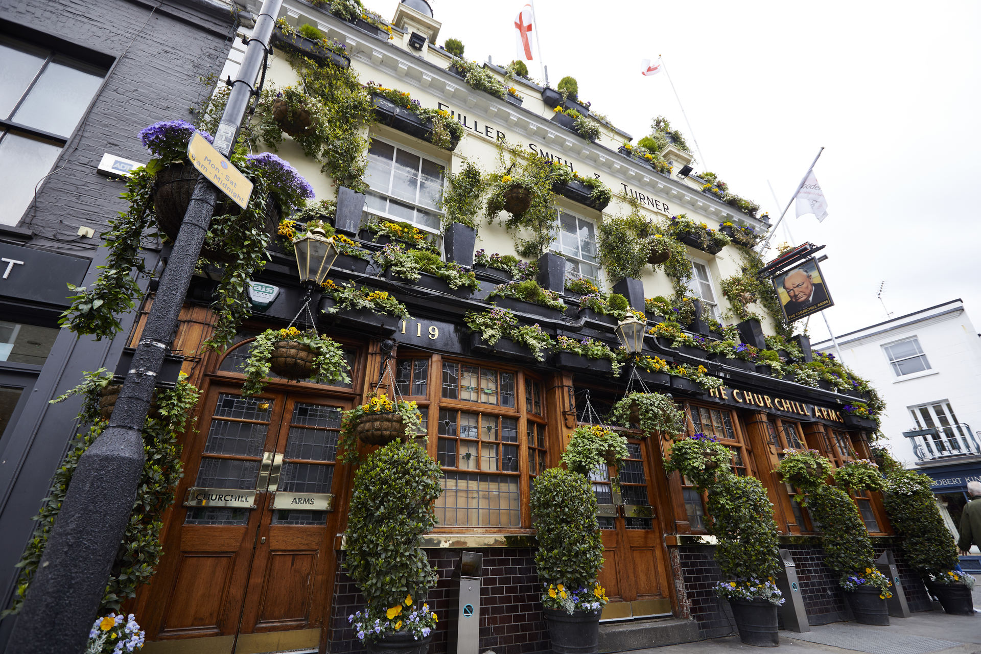 the churchill arms fuller u0027s pub and restaurant in london